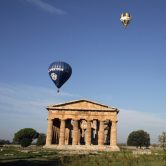 Ultimo weekend in volo con il Festival delle Mongolfiere a Paestum